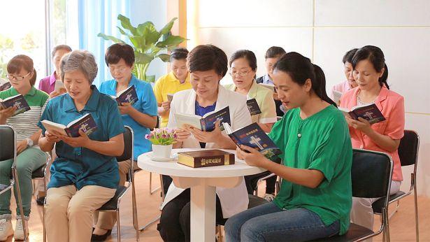 3. כיצד בני אדם צריכים לחוות את משפטו וייסוריו של אלוהים כדי לזכות בישועה?